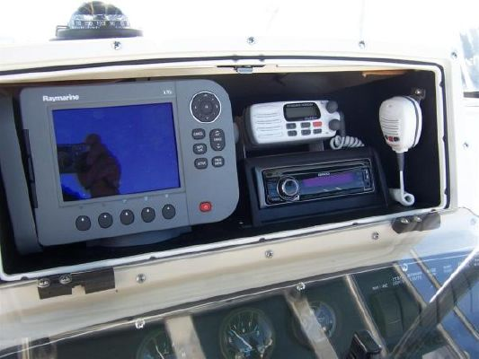 Boston Whaler Outrage with Eagle Trailer 2000 Boston Whaler Boats Fishing Boats for Sale