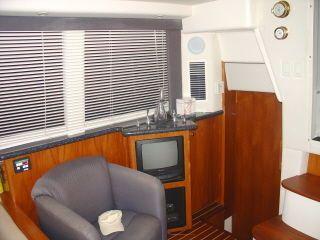 Carver 404 Cockpit Motor Yacht 2000 Carver Boats for Sale