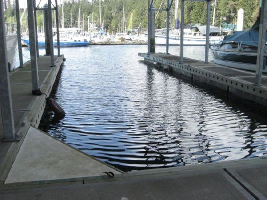 Boats for Sale & Yachts Covered Slip 2000 All Boats
