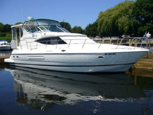 Cruisers Cruisers 4450 2000 Cruisers yachts for Sale