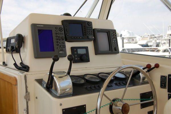 Dawson Yachts / J &J 33 Express 2000 All Boats