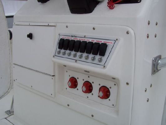 Edgewater Center Console 2000 All Boats