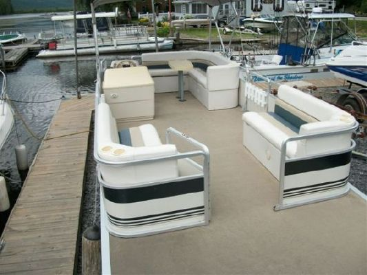 Harris / Kayot Pontoon #8001D 2000 Pontoon Boats for Sale