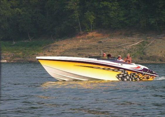 Hustler 388 SLINGSHOT 2000 All Boats