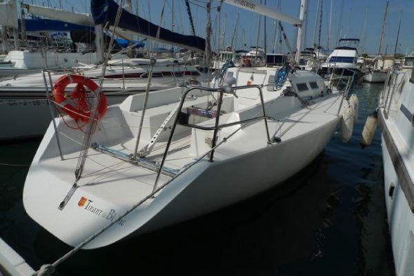 Judel/Vrolijk BCN 32 2000 All Boats