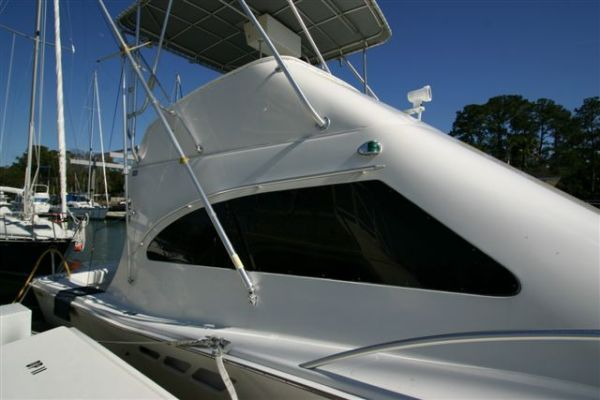 Luhrs 36 Convertible : 2006 Crusaders 2000 All Boats Convertible Boats