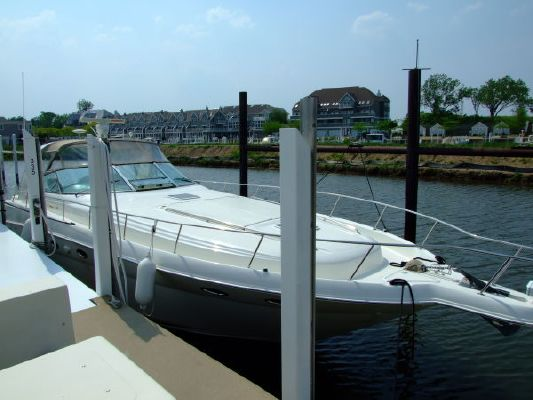 2000 sea ray 460 sundancer new canvas with polycarbonate windows  21 2000 Sea Ray 460 Sundancer New Canvas With Polycarbonate Windows