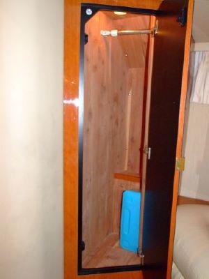2000 sea ray 460 sundancer new canvas with polycarbonate windows  56 2000 Sea Ray 460 Sundancer New Canvas With Polycarbonate Windows