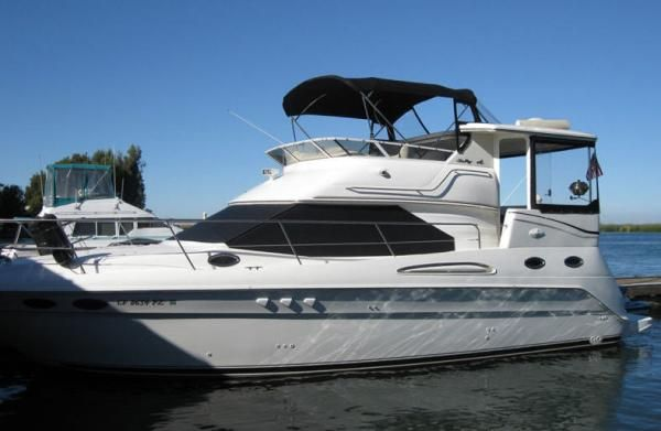 Sea Ray S38AC Aft Cabin motor yacht 2000 Aft Cabin Sea Ray Boats for Sale