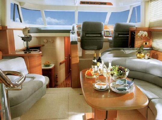 2000 sealine t46 motor yacht  3 2000 Sealine T46 Motor Yacht