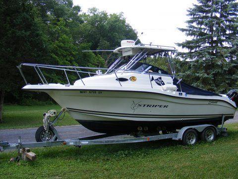 Seaswirl Striper 2300 (MM) 2000 Seaswirl Striper for Sale