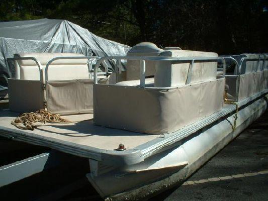 Boats for Sale & Yachts STARCRAFT MARINE 240 Cruise 70 Suzuki 4 Stroke 2000 All Boats