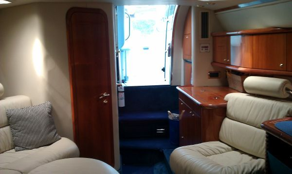 2000 sunseeker 48 superhawk trades accepted  11 2000 Sunseeker 48 Superhawk, Trades Accepted