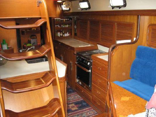 2000 tayana center cockpit  25 2000 Tayana Center Cockpit
