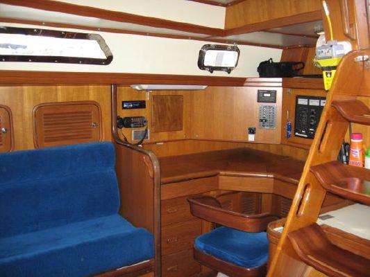 2000 tayana center cockpit  6 2000 Tayana Center Cockpit