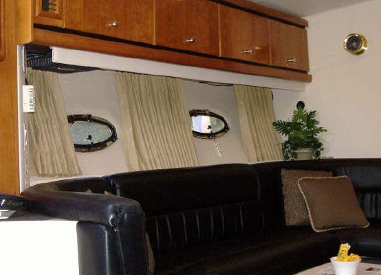 Trojan 40 Express 2000 All Boats