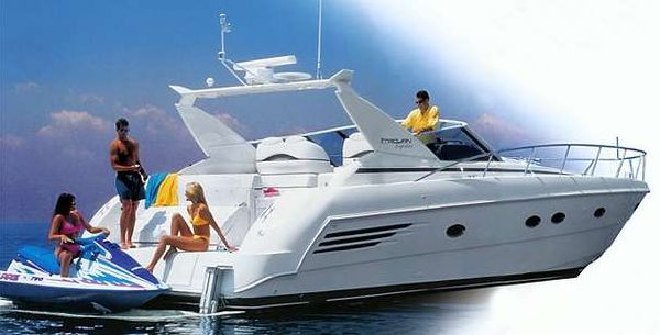 Trojan 400 Express Yacht 2000 All Boats