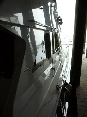 Viking Yachts Enclosed Bridge Convertible 2000 Viking Boats for Sale Viking Yachts for Sale