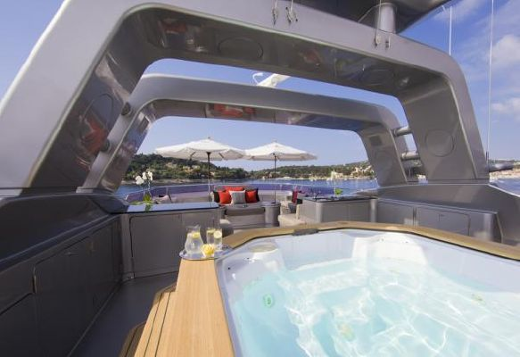 Warren Tri Deck Motor Yacht 2000 All Boats