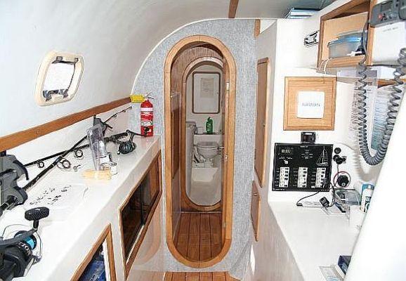 2000 wildcat 35 catamaran  13 2000 Wildcat 35 Catamaran