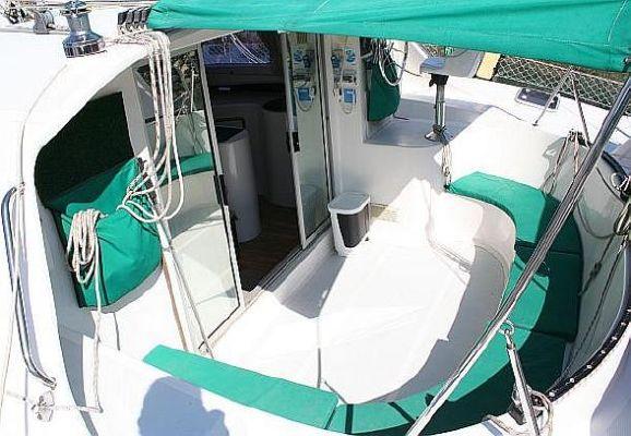 2000 wildcat 35 catamaran  7 2000 Wildcat 35 Catamaran
