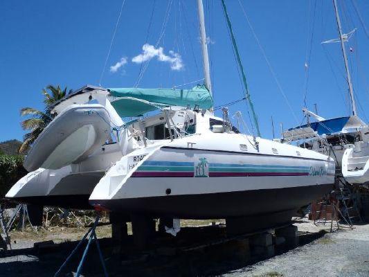 2000 wildcat 350 catamaran  2 2000 Wildcat 350  Catamaran