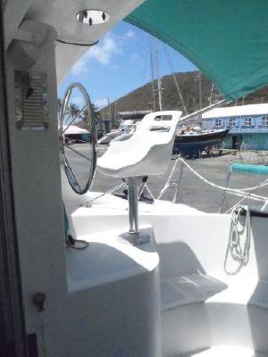 2000 wildcat 350 catamaran  4 2000 Wildcat 350  Catamaran