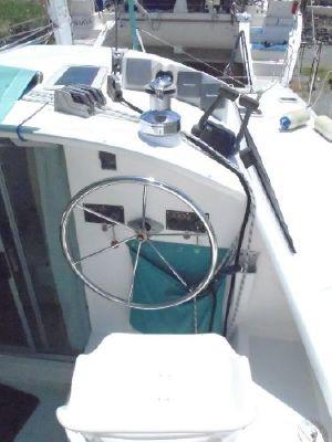 2000 wildcat 350 catamaran  5 2000 Wildcat 350  Catamaran