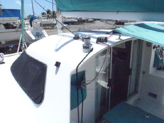 2000 wildcat 350 catamaran  7 2000 Wildcat 350  Catamaran