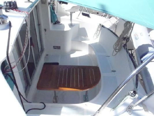 2000 wildcat 350 catamaran  8 2000 Wildcat 350  Catamaran