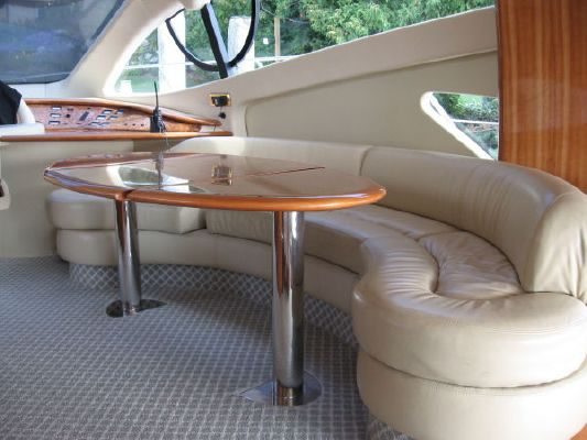 Azimut Flybridge Motoryacht 2001 Azimut Yachts for Sale Flybridge Boats for Sale