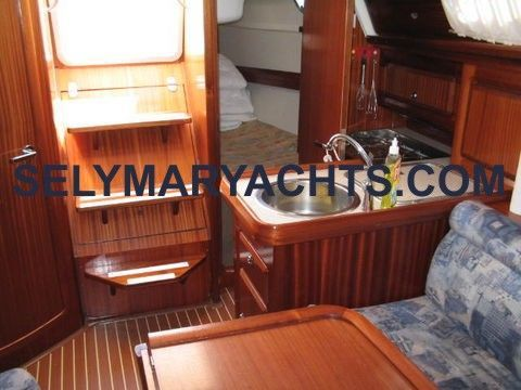 2001 bavaria 31 private  6 2001 Bavaria 31 / PRIVATE