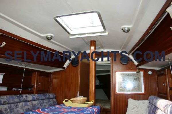 2001 bavaria 31 private  7 2001 Bavaria 31 / PRIVATE