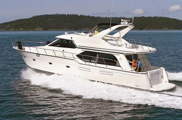 2001 bayliner 5788 pilot house motoryacht  1 2001 Bayliner 5788 Pilot House Motoryacht
