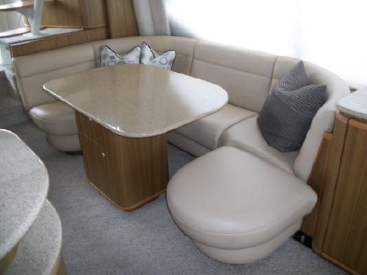 2001 bayliner 5788 pilot house motoryacht  15 2001 Bayliner 5788 Pilot House Motoryacht