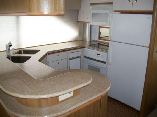 2001 bayliner 5788 pilot house motoryacht  19 2001 Bayliner 5788 Pilot House Motoryacht