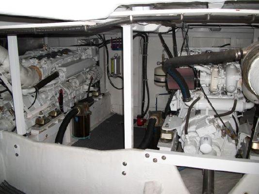 2001 bayliner 5788 pilot house motoryacht  30 2001 Bayliner 5788 Pilot House Motoryacht