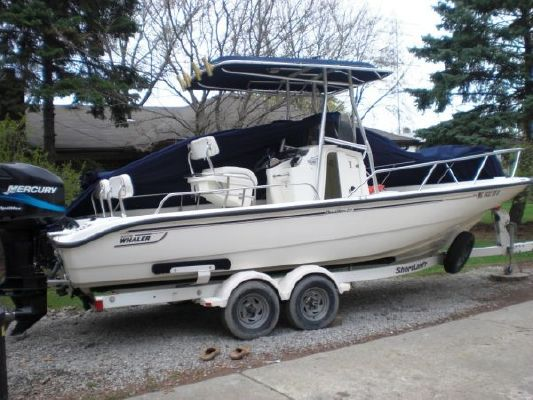 Boston Whaler DAUNTLESS 2001 Boston Whaler Boats