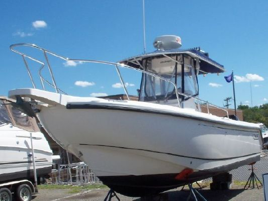 Boston Whaler Outrage 260 2001 Boston Whaler Boats