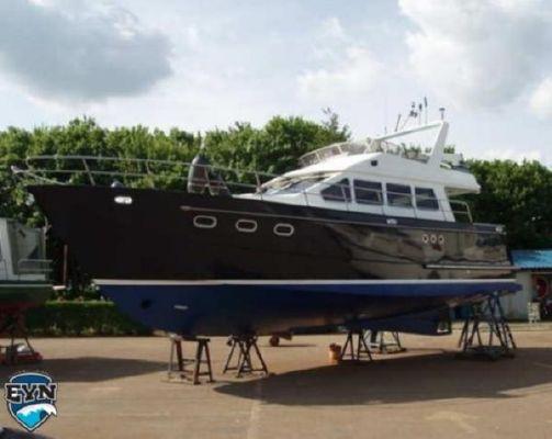 Bruce Roberts Euro 1200 OK Flybridge 2001 Flybridge Boats for Sale