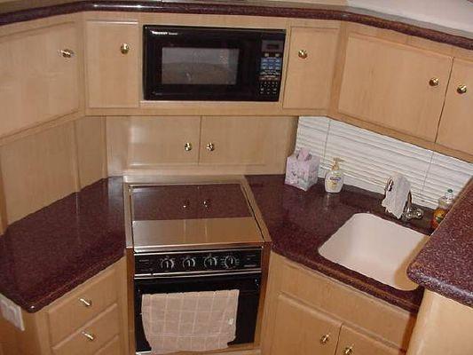 Carver 406 Aft Cabin MY 2001 Aft Cabin Carver Boats for Sale