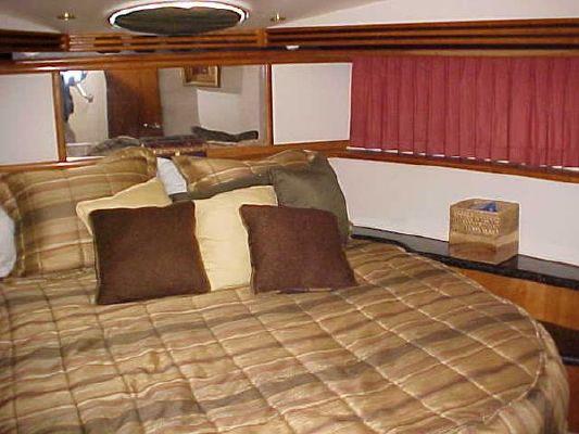 2001 carver 450 voyager w 480 volvos  3 2001 Carver 450 VOYAGER W/480 VOLVOS