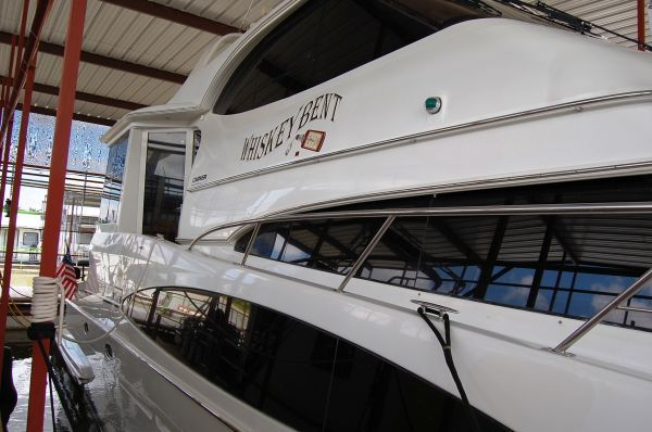 Boats for Sale & Yachts Carver 564 CPMY 2001 Carver Boats for Sale