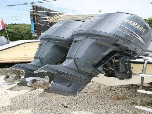 Contender 27 CC 2001 Contender Powerboats for Sale