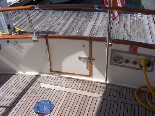Grand Banks 42 Europa 2001 Grand Banks Yachts