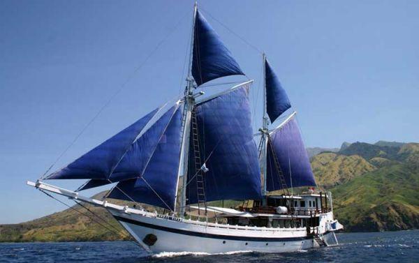 Hadi Murtala South Sulawesi Phinisi 37 m. 2001 All Boats