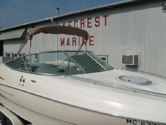 Maxum 23 FT. CUDDY W/TRAIER 2001 All Boats