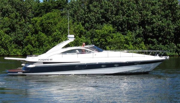 Pershing Express 2001 All Boats