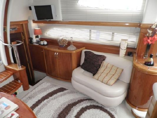 2001 sealine t46 motor yacht  20 2001 Sealine T46 Motor Yacht