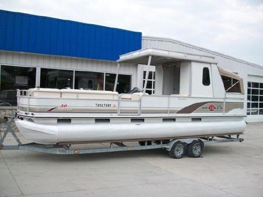 SUNTRACKER Party Hut 30 2001 Sun Tracker Boats for Sale